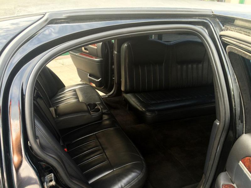 10 passenger stretch limousine interior transportation mn