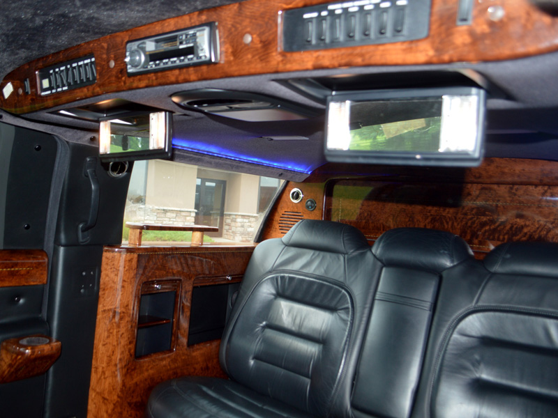 6 passenger stretch limousine interior transportation mn