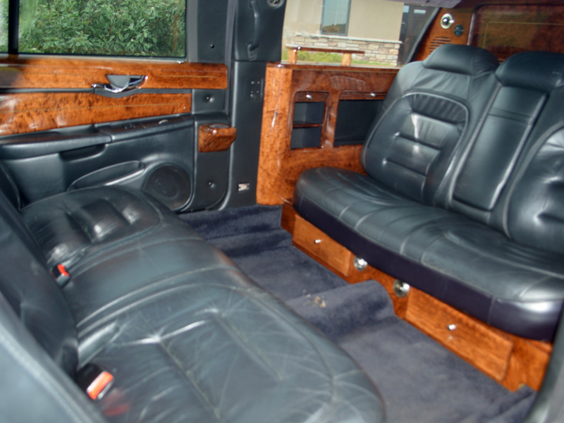 6 passenger stretch limousine interior transportation mn