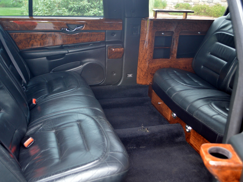 6 passenger stretch limousine interior